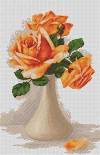 Оранжевые розы в вазе
