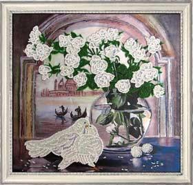 Розы и голуби вышивка бисером