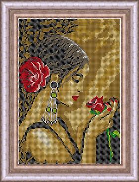 Испанка с цветком